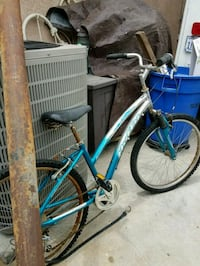 blue and white city bike Whittier, 90604