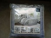 New queen bedding set Old Orchard Beach, 04064