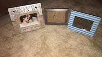 two white wooden photo frames Troy, 63379