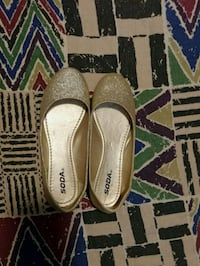 Gold Glitter Flats (Size 8.5) Guelph, N1G 1Y4