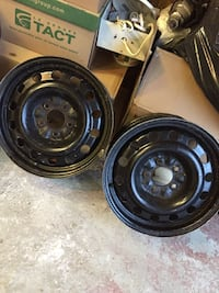 2 Black 5-spoke car wheel set 5x114.3 Montréal, H9E 1G9