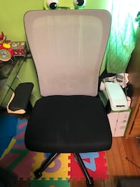 Office chair Mississauga, L5A 3Y2