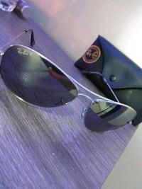 black framed Ray-Ban sunglasses Brampton, L6Z 0B6
