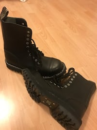 Combat  boots new   !!! size 10,5