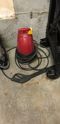 Red and black corded pressure washer Kelso, 98626