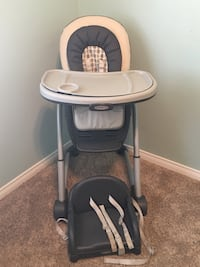 Graco high chair  Bakersfield, 93307