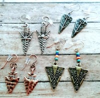 Brand New NEVER WORN Arrowhead themed Sets of Earrings  Sioux Falls, 57104