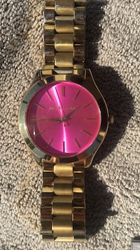 Micheal Kors gold with pink face watch Livermore, 94551