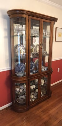 Antique Pulaski Real Wood and Glass Hutch Cabinet Gaithersburg, 20878