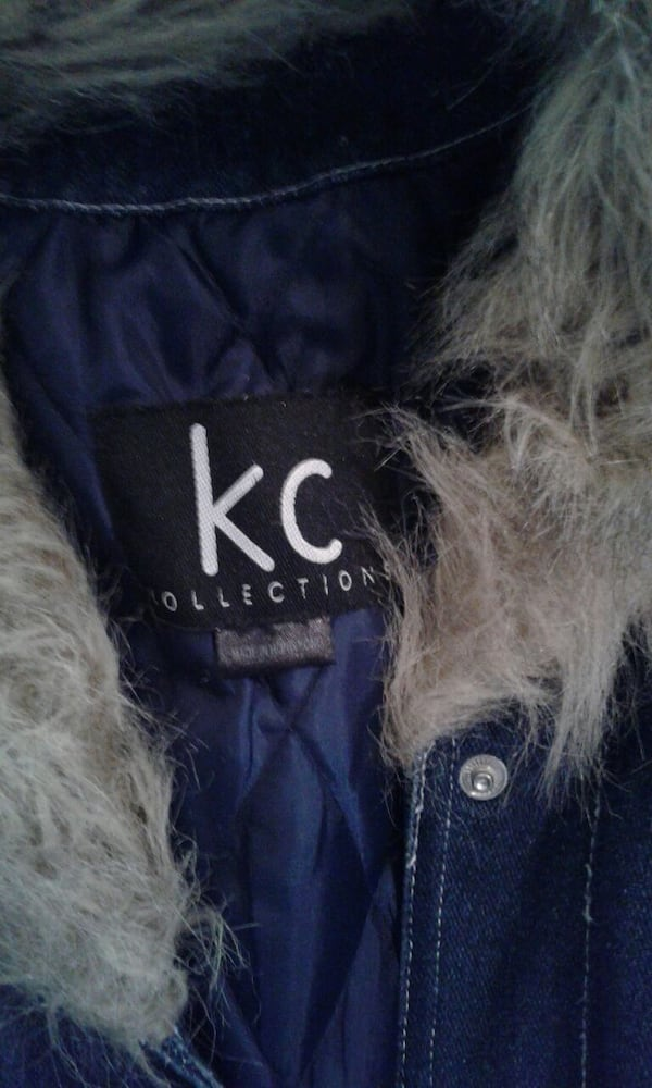 Faux Fur trimmed denim jacket with quilted lining 484a4ae9-c3ed-4de4-b5f3-869bc817bce3