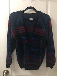 Urban Outfitters Sweater Toronto, M6H 3J1