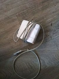 Apple charger for MacBook Pro 2282 mi