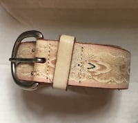 Leather Belt Preowned in decent condition