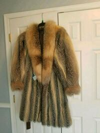 Natural Fox Long Fur Coat. $700 OBO Washington, 20017