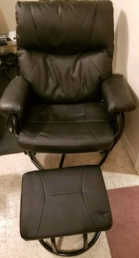 Leatherette rocking/reclining chair and foot stool Oakville, L6M 1B3