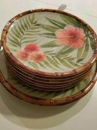 two green and red floral ceramic plates Vancouver, V6J 1Z4