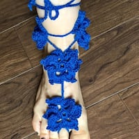 blue flower accent knitted sandal