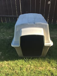 white and black pet carrier San Diego, 92114