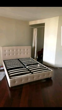 white and black slatted bed frame Herndon, 20171