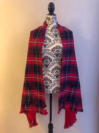 Shawl NEW purchased in New York  Saint-Jean-sur-Richelieu, J2Y 1A5
