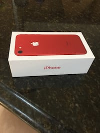 PRODUCT RED iPhone 7 box