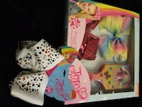 New JOJO Siwa giftset and white sparkly bow $20 price firm  Rockville