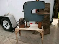 """Craftsman 3-Wheel 12"""" Band Saw With Metal Stand Bell Gardens, 90201"""