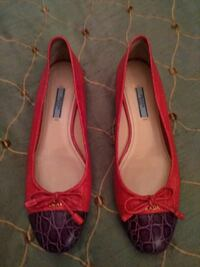 pair of red leather pointed-toe flats Queens, 11385