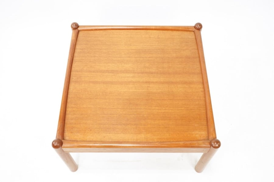 *Price Reduced* Large Teak MidCentury Coffee Table 607542be-0d5c-4135-85ab-a7378e0cb46d