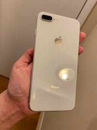 iPhone 8 Plus, 256 GB Frederick, 21701