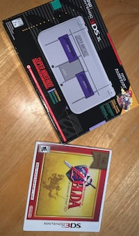 3DS XL with charger and game! Cambridge, N3H 3G4