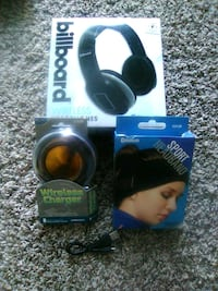Bluetooth headphones and wireless charger combo Pleasant Hill, 50327