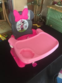 Disney Minnie Mouse portable high chair booster seat  Fern Park, 32730