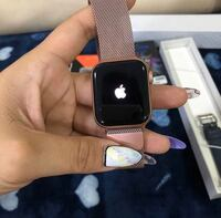 Apple Watch Series 4  Waukesha, 53188