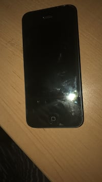 iPhone 5 (black) Windsor, N9G 1C5