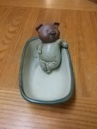 Ceramic Pig Soap Holder  Barrie