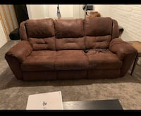 Power recliner couch  Bondurant, 50035