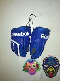 blue and white reebok hockey gloves Guelph, N1H 3A3