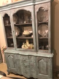 Distressed hutch  Westminster, 21158