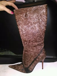 NWOB Size 8 Brown Leather Floral Half Calf Boots Vancouver