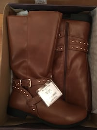 Brown leather zip-up boots Normandy Park, 98166