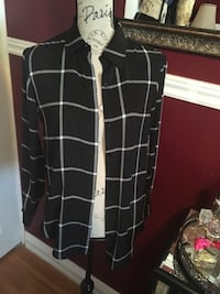 Simons checkered top size small