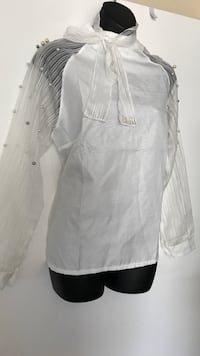 Beautiful pearl blouse Large Palm Springs, 92264