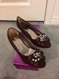 Shoes size 8 Brampton, L6V 3P6