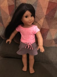 Great shape except American girl #66 missing shoes.    Looks a lot like Josephine. Reston, 20191