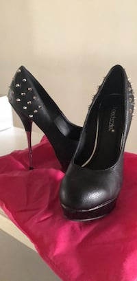 Shoes size 6.5 Chicago, 60629
