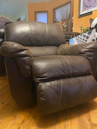 Lazy boy chair - brown Chicago, 60647