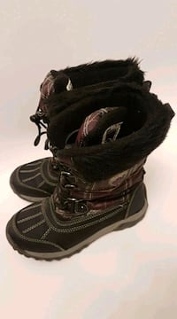 Winter boots Superfit girls Youth size 3 Toronto, M4Y 1T1