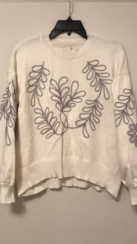 Embroidered white sweater