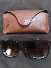 Ray Ban Sunglasses Excellent Condition  Belleville, 48111